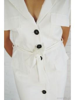 Sukienka biała z guzikami